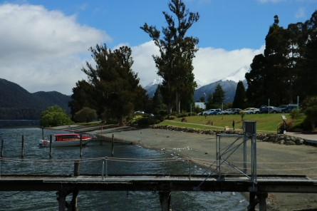 Mittags am Lake Te Anao ist vom Schnee nichts mehr zu sehen